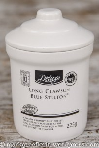 Devon Cut Rounds Stilton 2