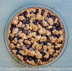Cherry Crumble Tart 3