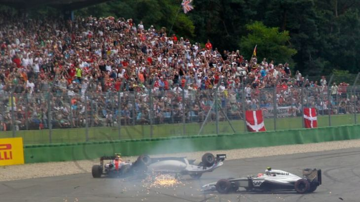 Felipe Massa crashes on the first lap of the 2014 German Grand Prix