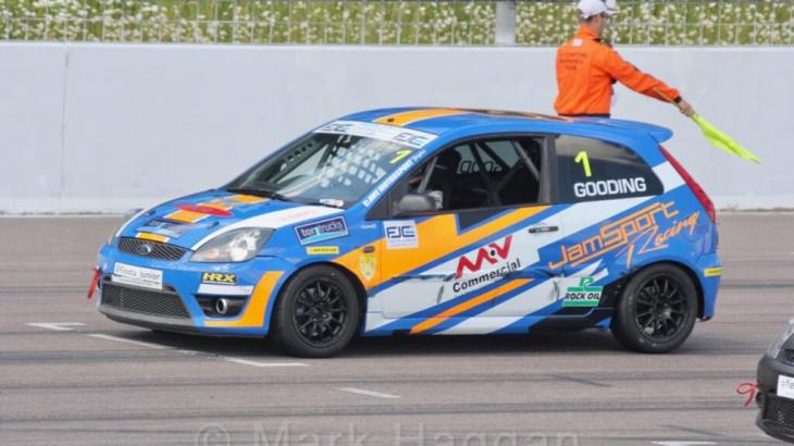 Harry Gooding in Fiesta Junior, Rockingham, June 2017