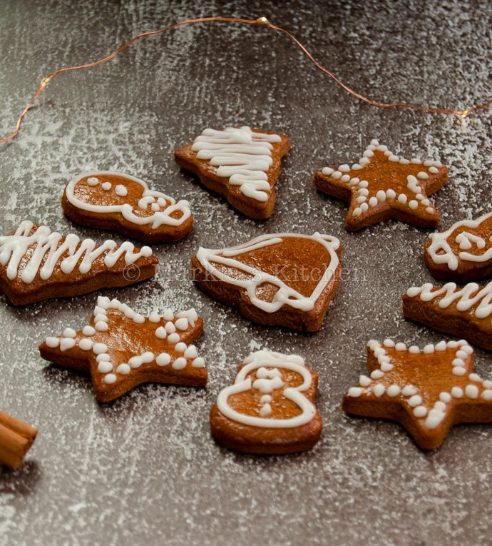 Last Minute Gift Idea: Soft Gingerbread Cookies