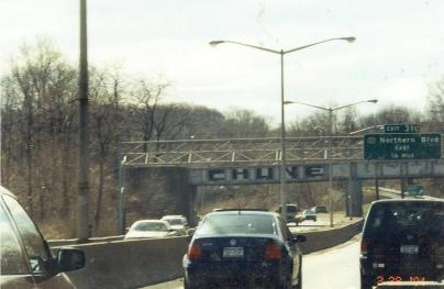 Railroad_bridge_graffiti