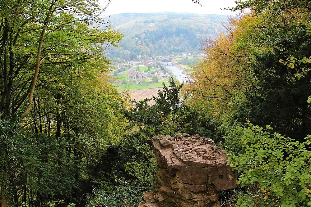 devils pulpit and tintern abbey