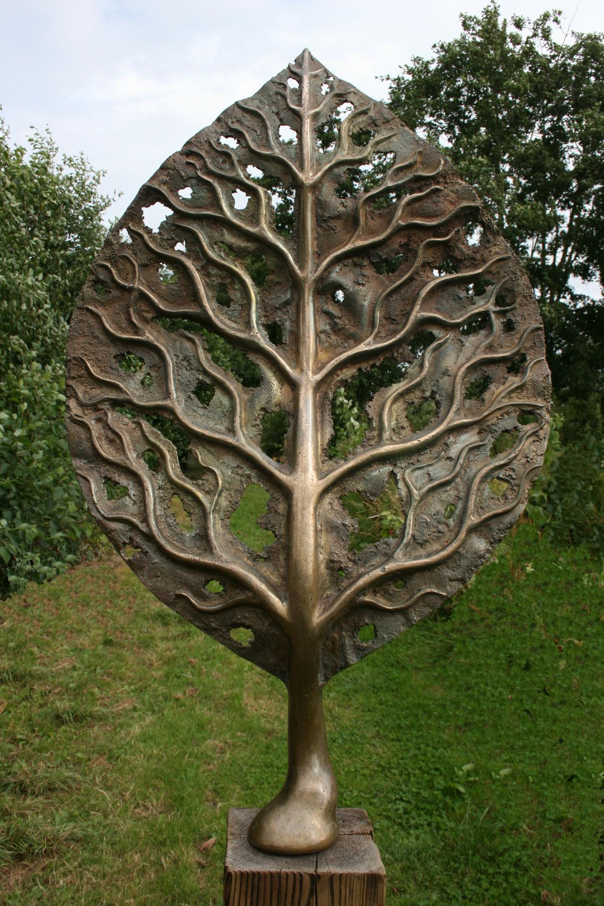 Life Leaf Medium Mark Reed Sculpture