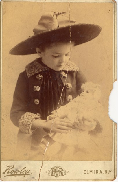 Ida Langdon, niece of Samuel Clemens, on her seventh birthday in 1887.