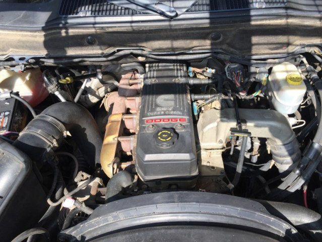 2006 cummins diesel engine