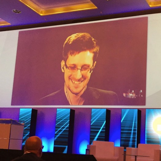 Edward Snowden Live Video Konferenz