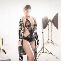 Dessous / Akt / Portrait Fotoshooting im Studio mit Model Lisa