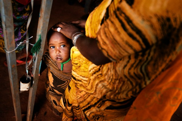 Die kleinen Kinder im Dorf haben meist noch nie hellhäutige Menschen gesehen und sind entsprechend ängstlich.