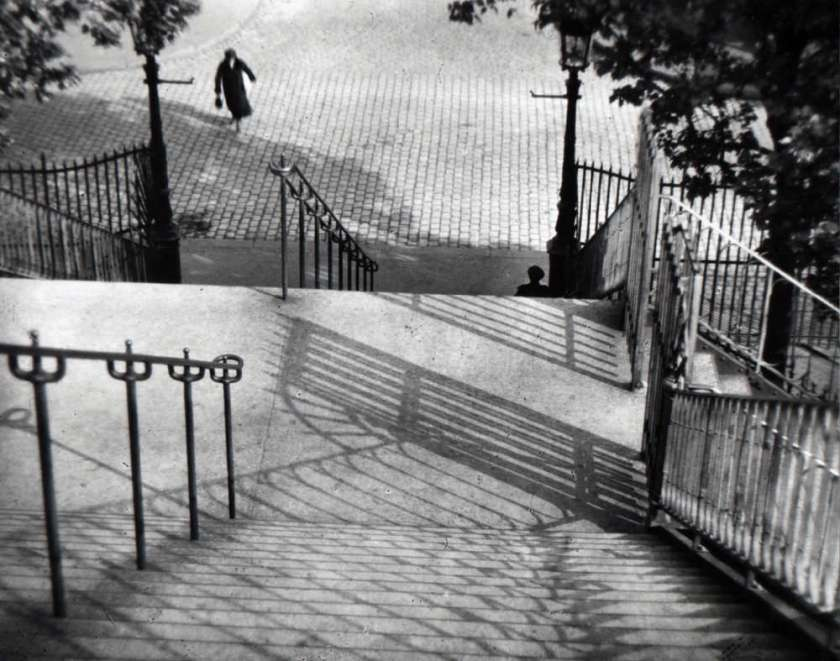 andre kertesz stairs of montmartre
