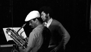 Roscoe Mitchell & Anthony Braxton -- UCLA Schoenberg Hall -- October 20, 1979 -- photo by Mark Weber