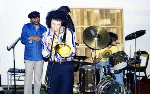 Bobby Bradford, cornet; Glenn Ferris, trombone; Kim Calkins, drums -- December 19, 1976 -- NOTE the teeshirts in December attire! ah, Southern California . . . . photo by Mark Weber at the Little Big Horn