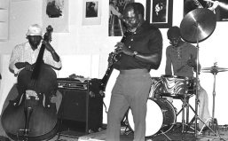 John Carter Ensemble -- October 24, 1976 -- at The Little Big Horn -- Stanley Carter, bass, John, clarinet; William Jeffrey, drums -- photo by Mark Weber