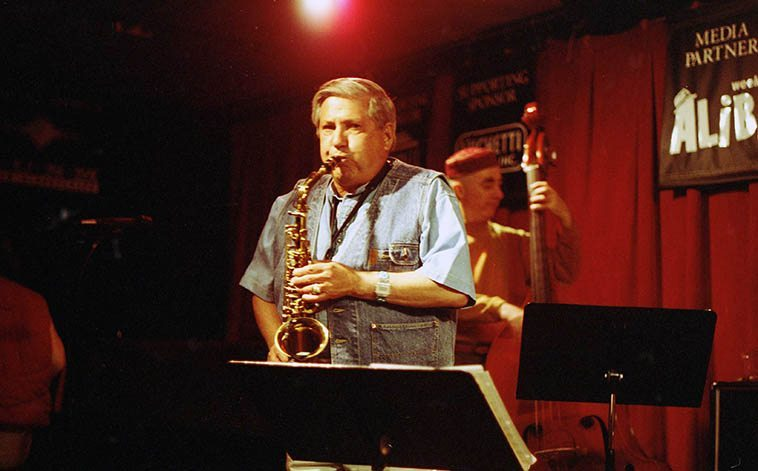 Dick Trask (January 2, 1931 - October 15, 2011) was on the scene in Albuquerque since 1973 -- By day he worked as an aerospace consultant, having retired from the Dept of Defense, and posts at Kirkland AFB (Albuquerque) and by night he was a jazzman -- He was a lot of fun, we miss him, and one of the last with a living memory of Charlie Parker, having grown up in New York, Dick spent his halcyon days on 52nd Street, I loved to warm to his stories of Bird -- photo by Mark Weber -- March 31, 1997 at the Outpost (David Parlato, bass)