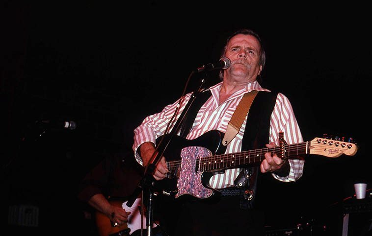 Here's another country boy that had jazz in his soul ---- I don't even have to look up his bloodlines, I can spot another Scots-Irish a mile away: Johnny Paycheck at El Rey Theater in Albuquerque -- March 3, 1993 -- photo by Mark Weber