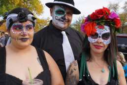 El Dia del Muerto Marigold Parade ------ Isleta Blvd, Albuquerque ---- November 4, 2o18 – photo by Mark Weber