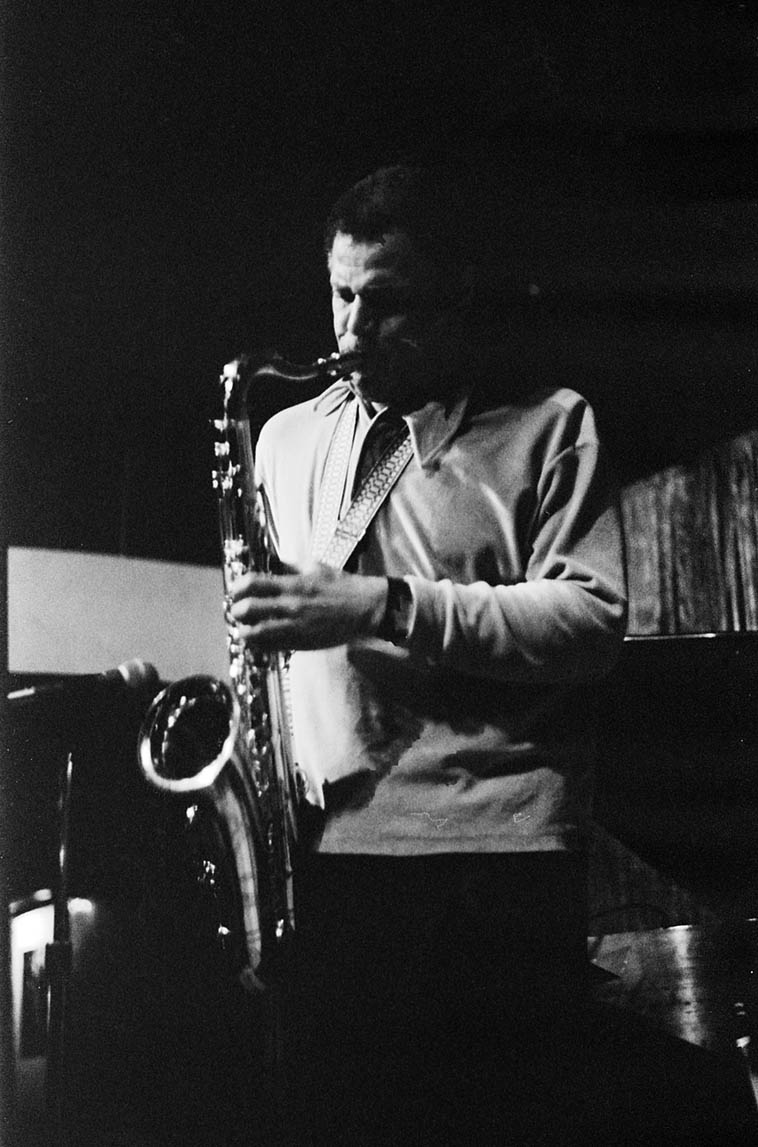 Dexter Gordon in Quartet at The Lighthouse, Hermosa Beach, California – December 23, 1976 w/ Dolo Coker(piano), Jimmie Smith(drums), Frank DeLaRosa(bass) ----photo by Mark Weber