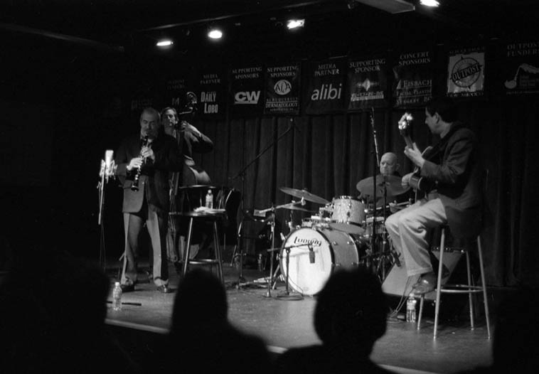 The night they made their inimitable cd LIVE AT THE OUTPOST the KENNY DAVERN QUARTET: Greg Cohen(bass), Kenny(clarinet), Tony DeNicola(drums), James Chirillo(guitar) ---- December 13, 2004 ---- photo by Mark Weber