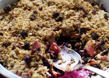 Easy Vegan Blueberry Peach Crisp recipe on MarlaMeridith.con
