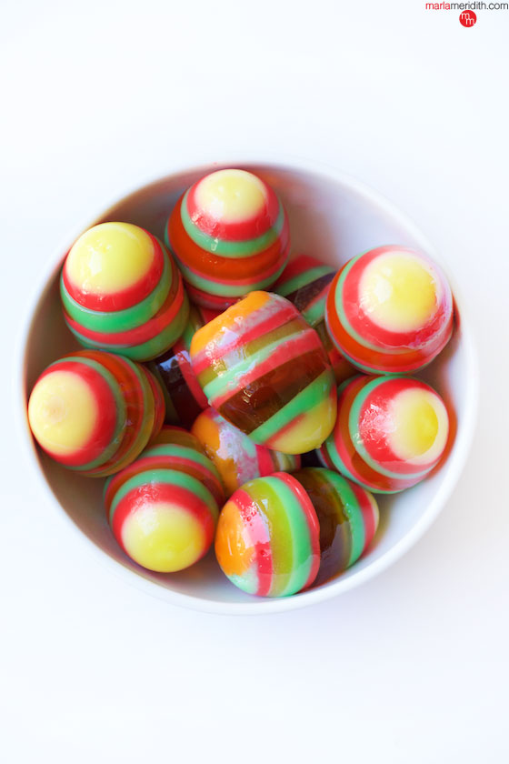 Have fun with your kids making this edible craft! Rainbow Jell-O Easter Eggs on MarlaMeridith.com ( @marlameridith )