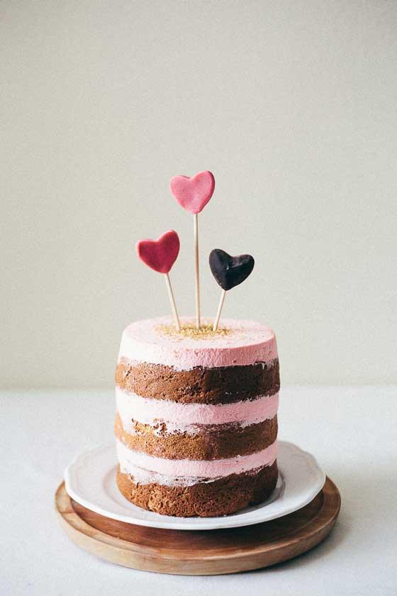 Valentine Cake via My Name is Yeh