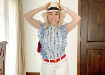 Video: 5 Ways to Style the Veronica Beard Sol Top