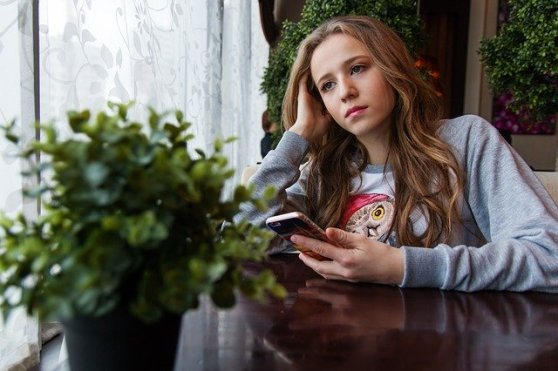 Girl Teen Caf%C%A Smartphone Sorrow Social Media, Jealously, comparison, envy AFfirmations