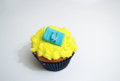 Lemon cupcake with Sugar craft books