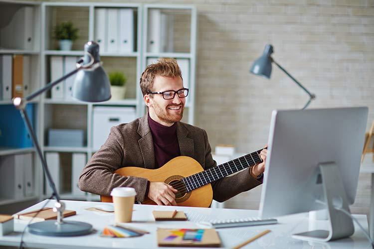Man Playing Guitar Online