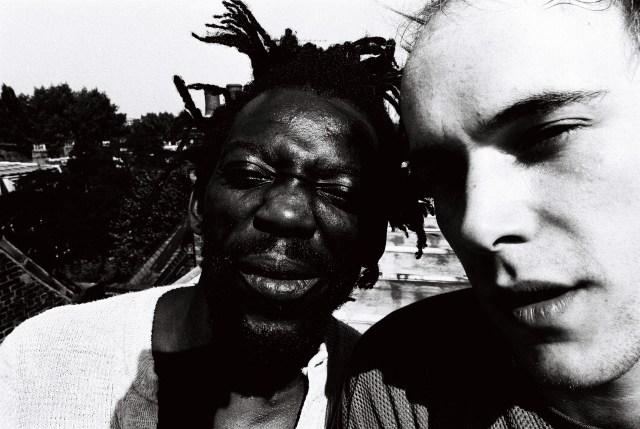 bonjo-african-head-charge-con-adrian-sherwood-photo-courtesy-of-kishi-yamamoto