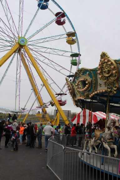 Amusement rides at the Maple Syrup Festival