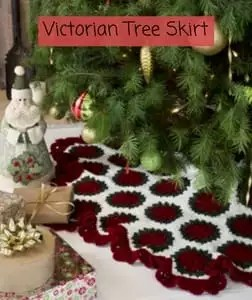 How To Make A Chunky Knit Tree Skirt