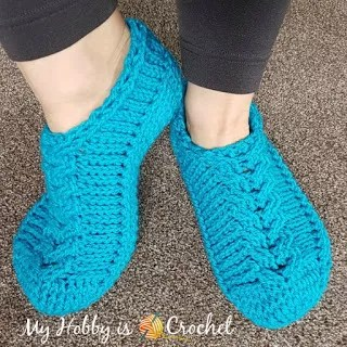Chic Cable Slippers by My Hobby is Crochet