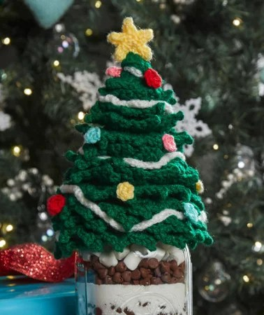 FREE Crochet Christmas Tree Jar Topper