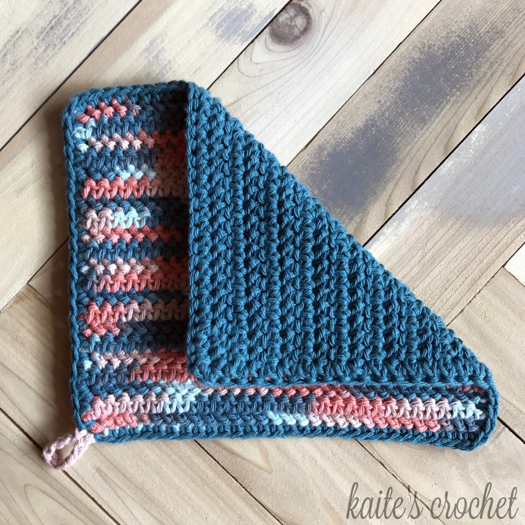 FREE Crochet Coral Reef Potholder-Pantone Color of the year Living Color