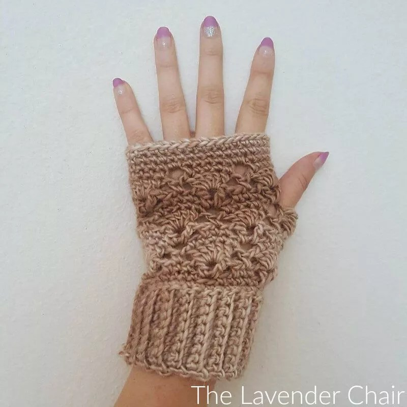 Vintage Fingerless Gloves designed by The Lavender Chair-FREE Crochet Fingerless MItt Pattern