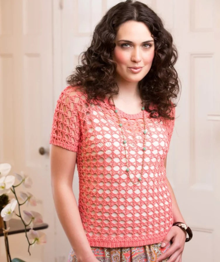 FREE Crochet Delicate Coral Tee-Pantone Color of the year Living Coral