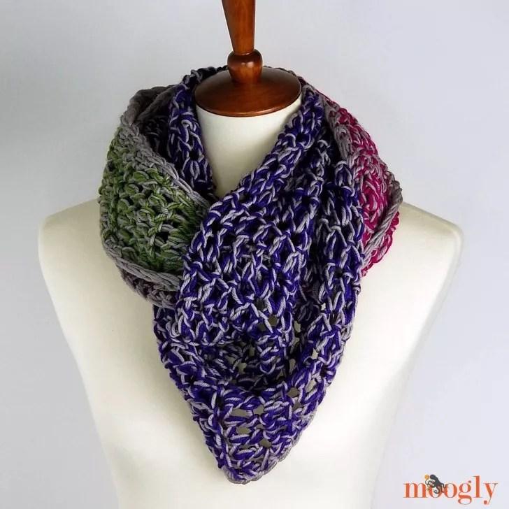 Chic Halftime Shawl Crochet Shawl by Moogly