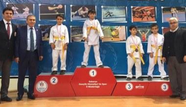 Öğretmenler Günü Karate Sakarya İl Turnuvası sona erdi