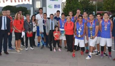 Edremit Sokak Basketbolu Turnuvasında şampiyon belli oldu