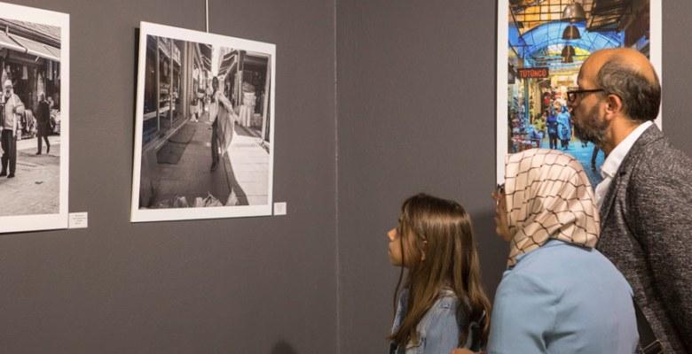 Sokak Arası Fotoğraf Sergisi Açıldı
