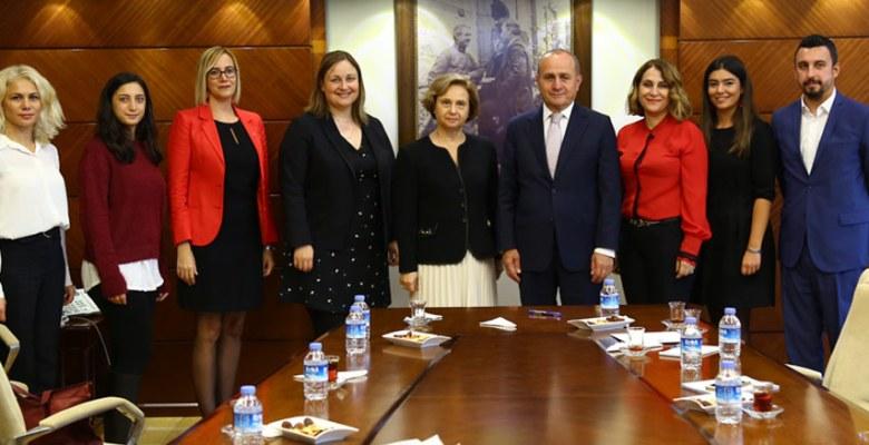 Yeditepe Üniversitesi öğrencileri Kadıköy Belediyesi'nde ders ve staj görecek
