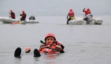 Sapanca Gölü'nde AFAD'dan gerçeğini aratmayan kurtarma tatbikatı