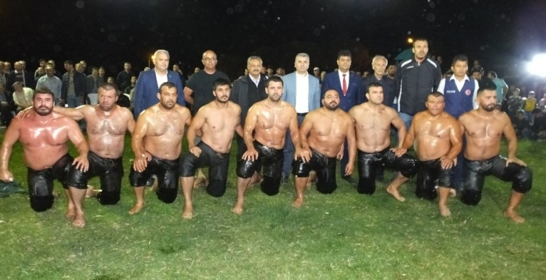 Burhaniye'de Sübeylidere Gece Güreşleri 25 Mayısta yapılacak