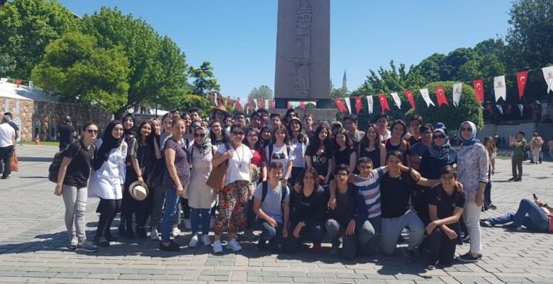 Ümraniye'de lise öğrencileri 'Tarih Dedektifi' oldu