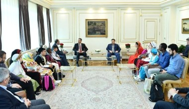 Yetim çocuklardan İstanbul Valisi ve İBB Başkan Vekili Ali Yerlikaya'ya ziyaret