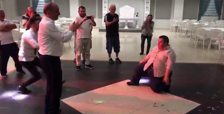 Başkan Kılıç down sendromlu gençle hem horon hemde zeybek oynadı