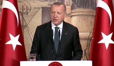 """Cumhurbaşkanı Erdoğan: """"Kalemini terör örgütleri emrine verenler bizim nezdimizde asla gazeteci olamazlar"""""""
