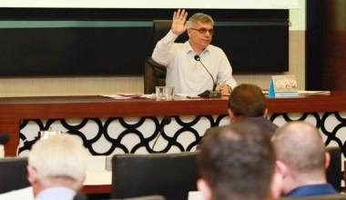 Körfez Belediyesi meclisinde gündem maddeleri görüşüldü