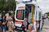 Sakarya'da iki otomobil çarpıştı: 1'i çocuk 7 yaralı